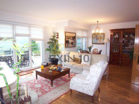 En edificio moderno, preciosa vivienda con terraza-jardin de 150 m2 en estado impecable en la zona de Ayete-Munto
