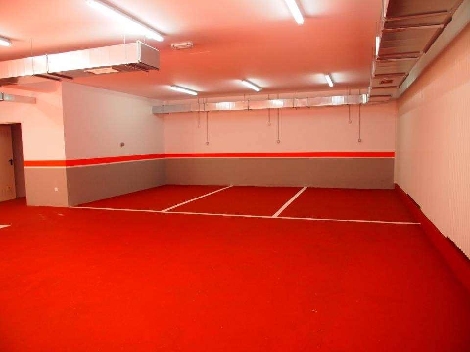 Ultimo garaje!!!! En local rehabilitado con acceso directo, en planta baja,