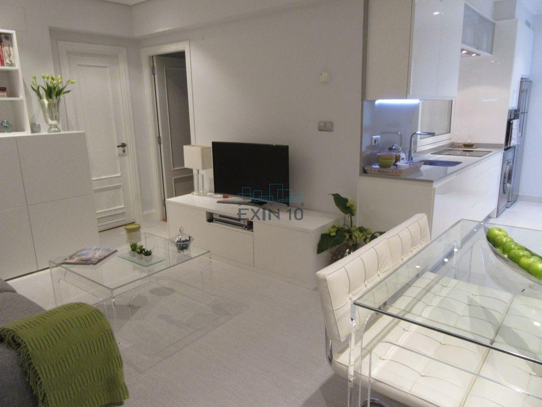 Impecable apartamento de diseño. Bonito y juvenil. De decorador.