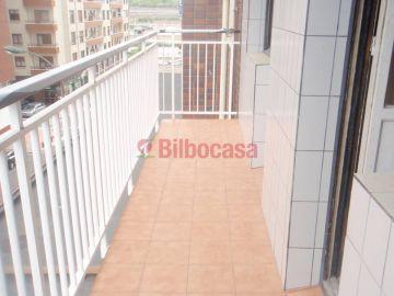 Piso en Venta, Deusto zona Sarriko, ascensor, terraza, garaje opcional.