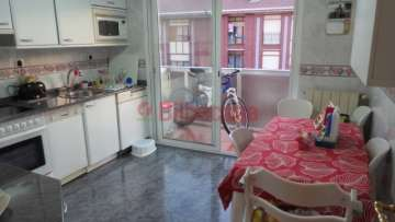 Piso en venta en Santutxu, calefacción gas individual, hormigón.