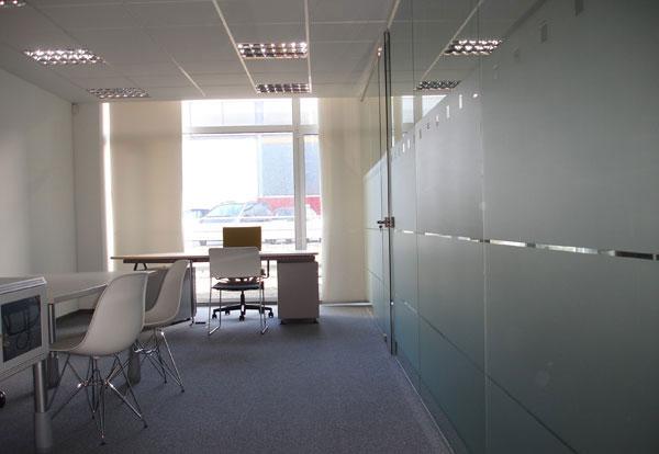 Venta alquiler de oficina en portuetxe igara donostia san for Alquiler oficina donostia