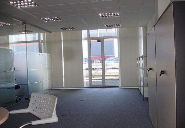 Alquiler oficina portuetxe donostia san sebastian for Alquiler oficina donostia