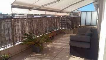 Amara en Riberas de Loiola se vende Caprichoso ATICO Totalmente Exterior a dos fachadas con fantásticas TERRAZAS soleadísimas y de máximo aprovechamiento con Garaje opcional.
