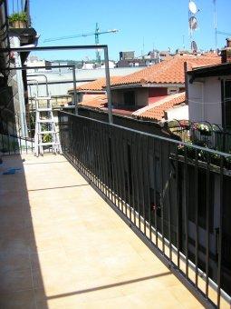 Vivienda con terraza supersoleada. Para obra.
