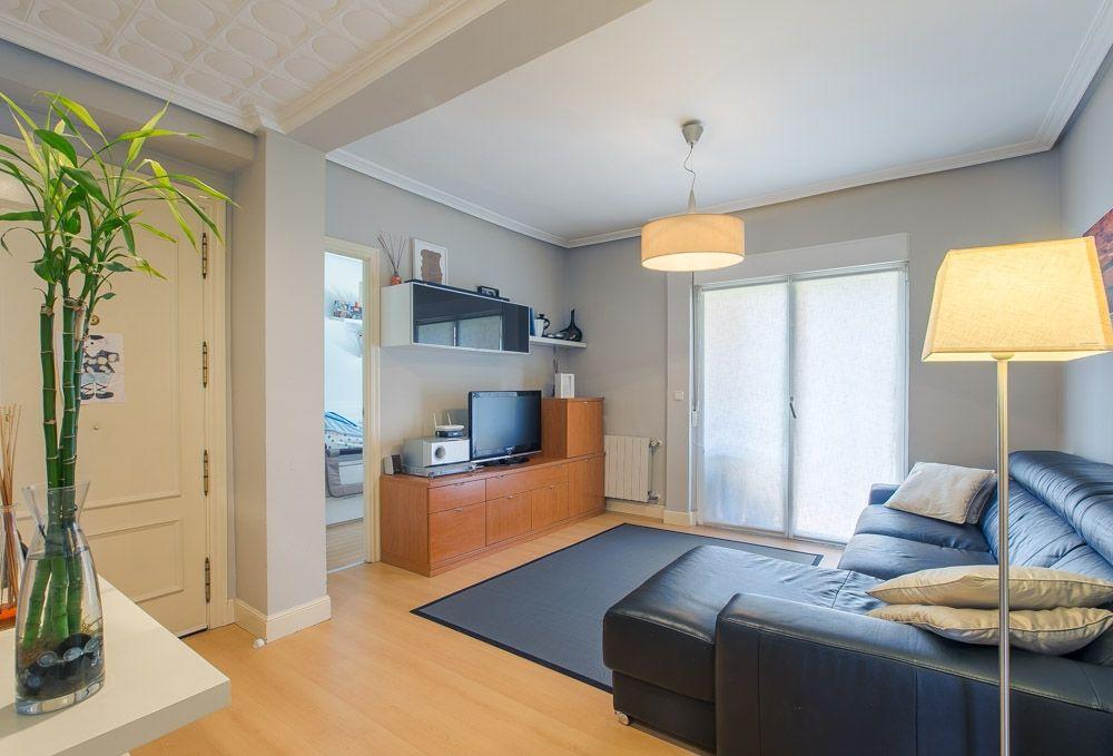 Vivienda impecable y exterior a 3 fachadas en un entorno tranquilo y bien comunicado.